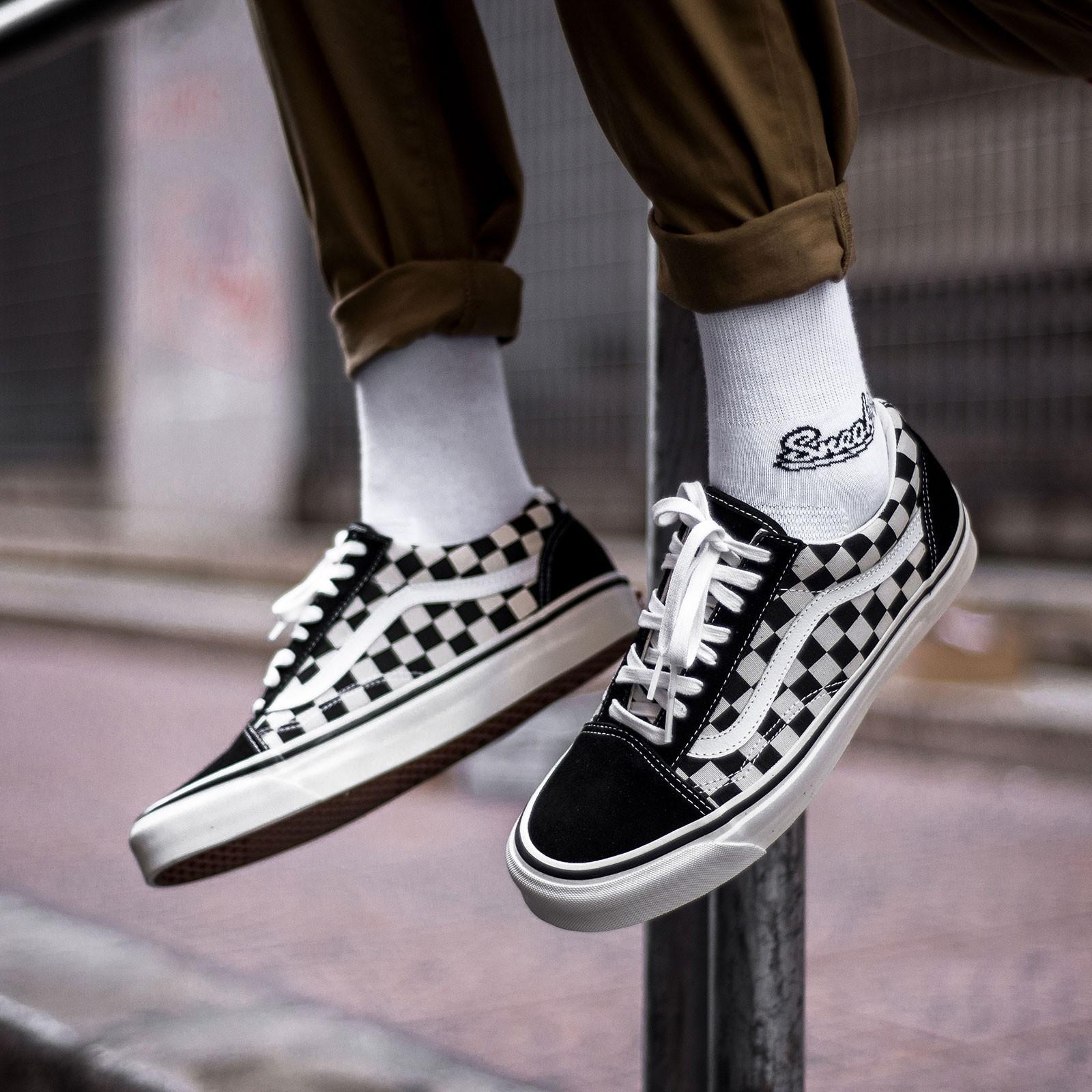 Hướng dẫn bảo quản giày Vans Old Skool giá rẻ bền và đẹp theo thời gian