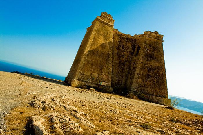 Torre con vistas al mar