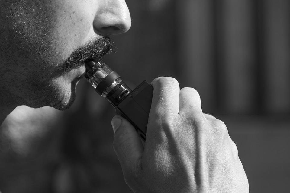 Vaping, Vape, E-Cigarette, E Vape, Vaporizer, Vape Pen