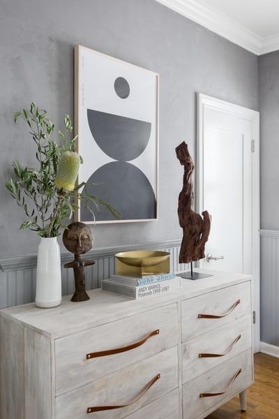 Dresser Decor Ideas with A Large Canvas