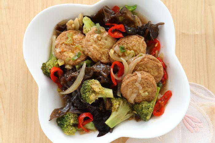 2. Resep Brokoli Mudah Dibuat Sendiri - Tumis Brokoli Tahu Udang