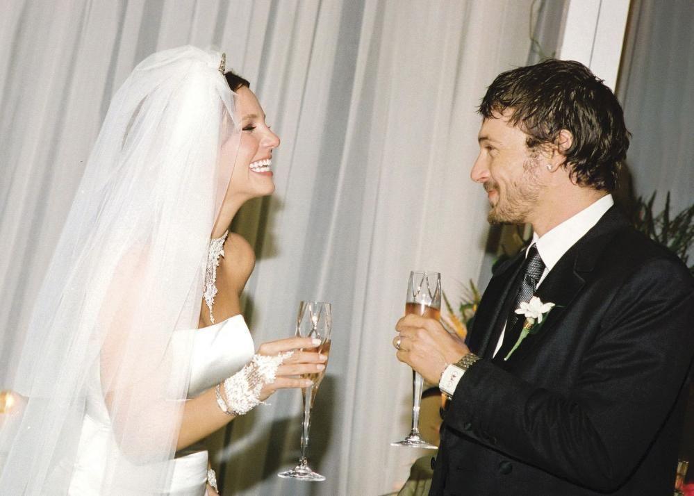 Pin on Britney Wedding 2004