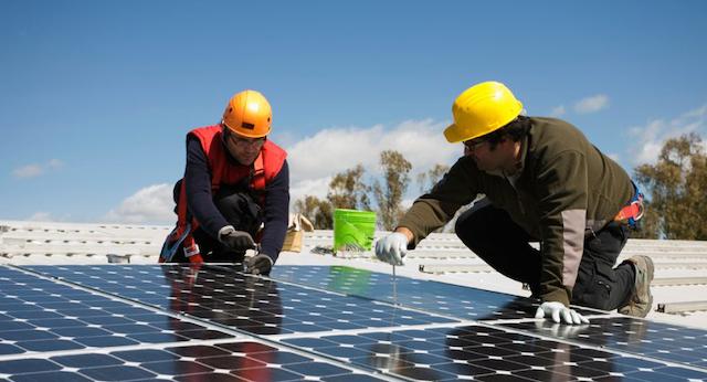 Giá lắp đặt điện mặt trời tuỳ thuộc vào công suất của hệ thống