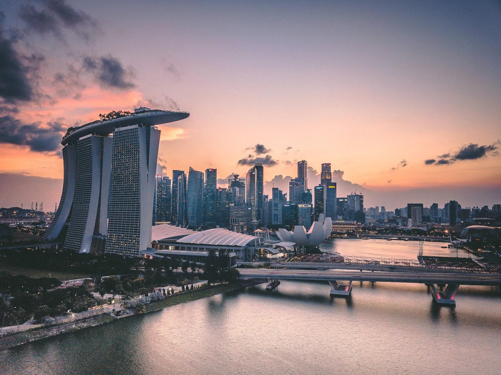 expensive city marina bay singapore