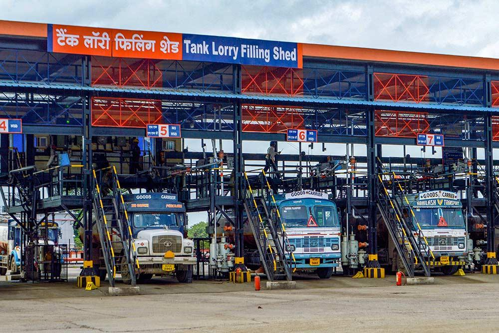 Outlook India Photo Gallery - Indian Oil Corporation
