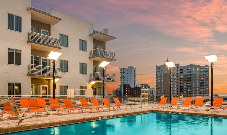 an apartment building in Sarasota, FL