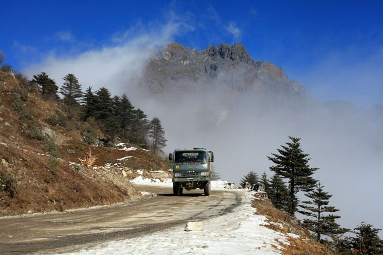 8) Stop over at the Sela Pass.jpg
