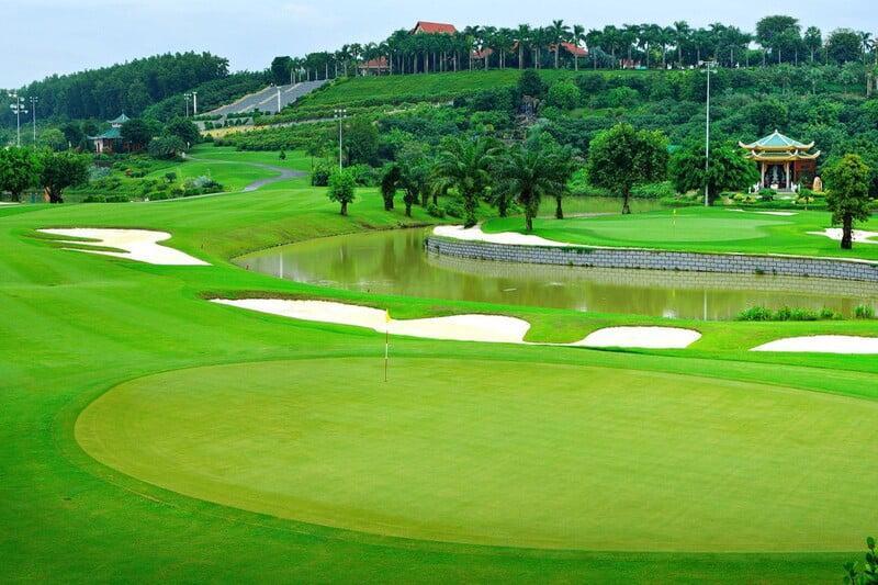 Sân golf chất lượng