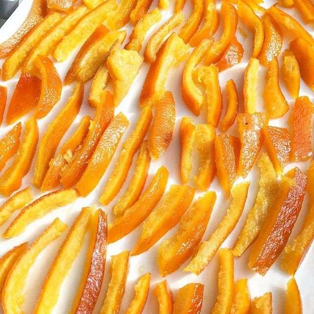 Cách trị mụn đơn giản bằng vỏ cam