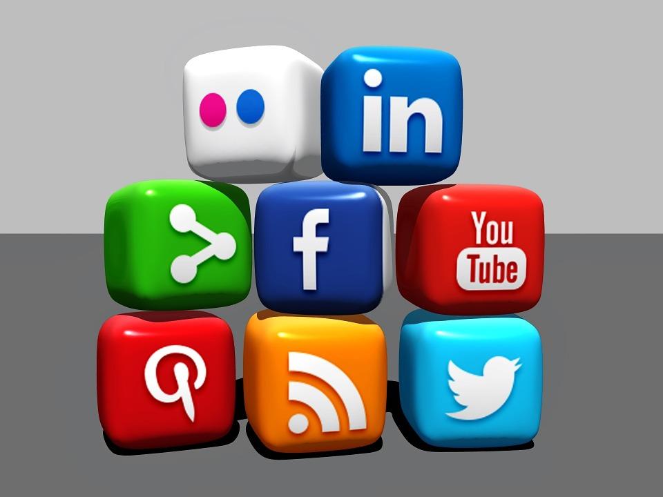 Social Media, Blocks, Blogger, ...