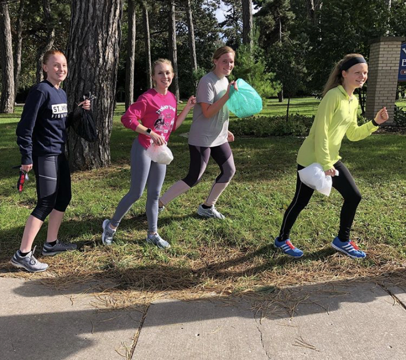 Students from Green Life 'plogging' (picking up trash while jogging) around the community during fall 2019. Photo courtesy of Green Life.
