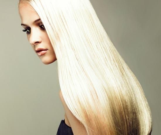 Ровные светлые волосы