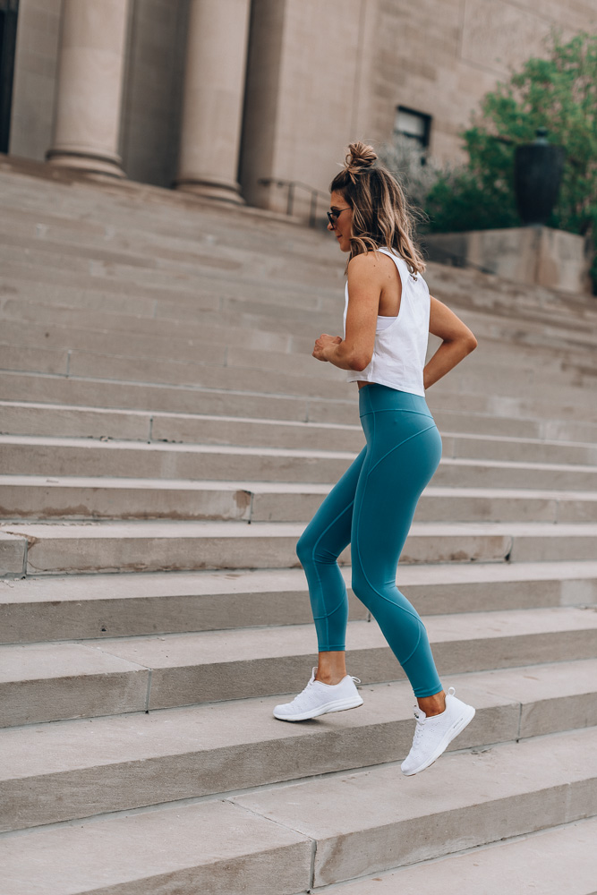 lululemon in movement tights workout wear