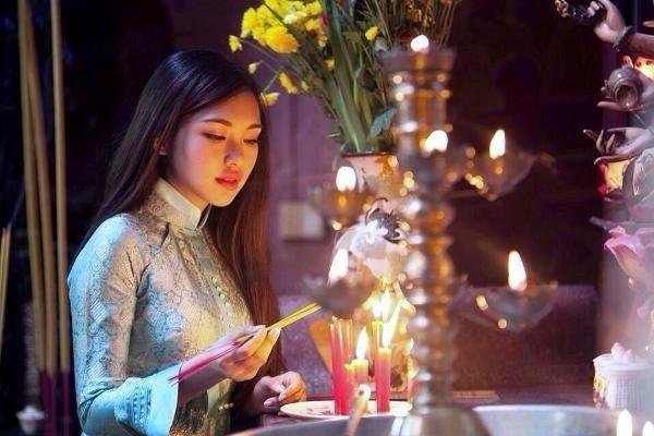 Làm lễ cầu tình duyên tại nhà