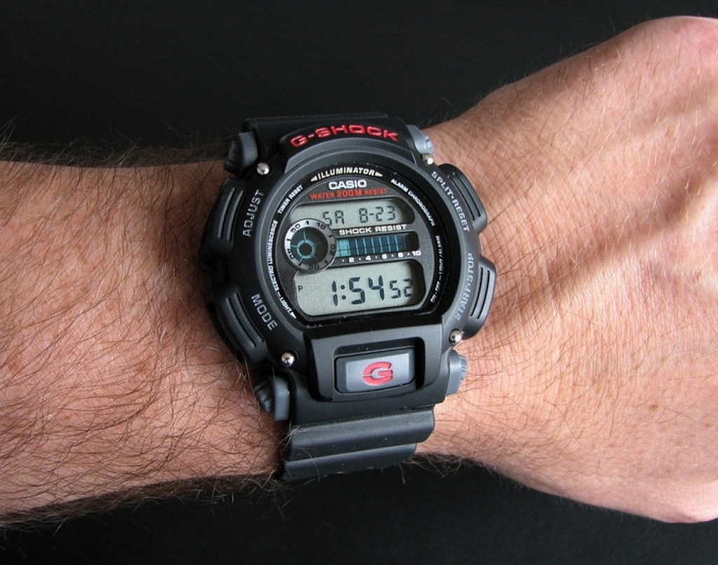 C:\Users\User\Desktop\g shock.png