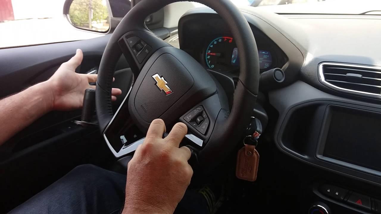 Freio e acelerador manual em volante de Chevrolet