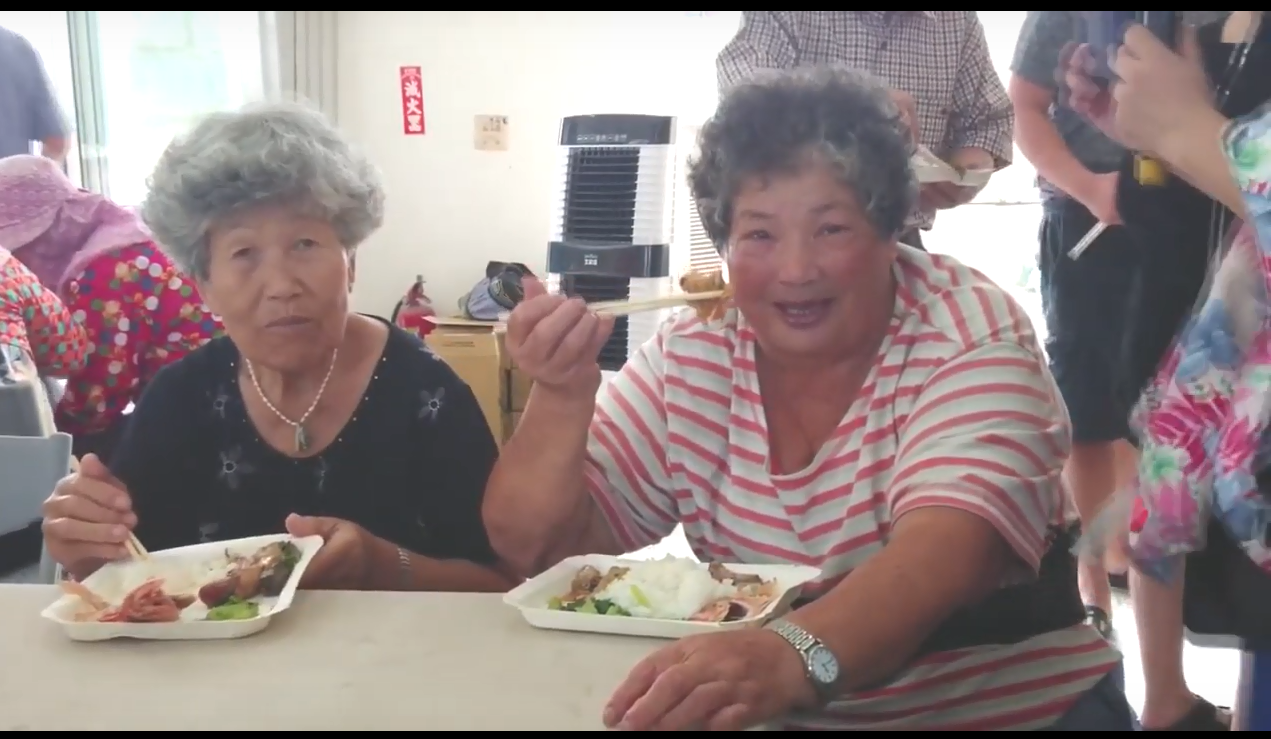 龍潭村共餐讓素食主義者也瘋狂?--龍潭村紀錄片觀後感