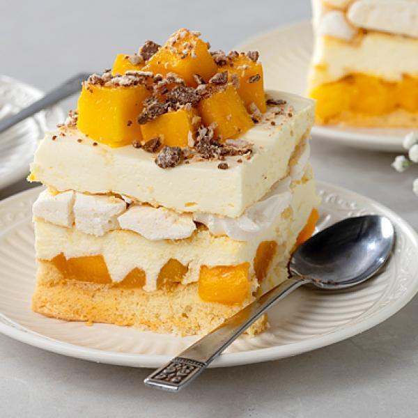 desserts from around the world meringue ref cake switzerland
