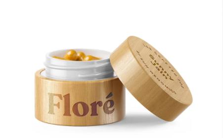 Os probióticos Sun Genomics Floré vêm em uma atraente caixa de bambu. Pode ser armazenado sem refrigeração neste recipiente por 30 dias.