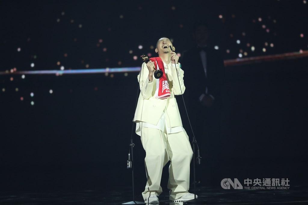 Leo王 金曲獎 最佳男歌手 最高品質靜悄悄 金曲最佳年度歌曲 9m88