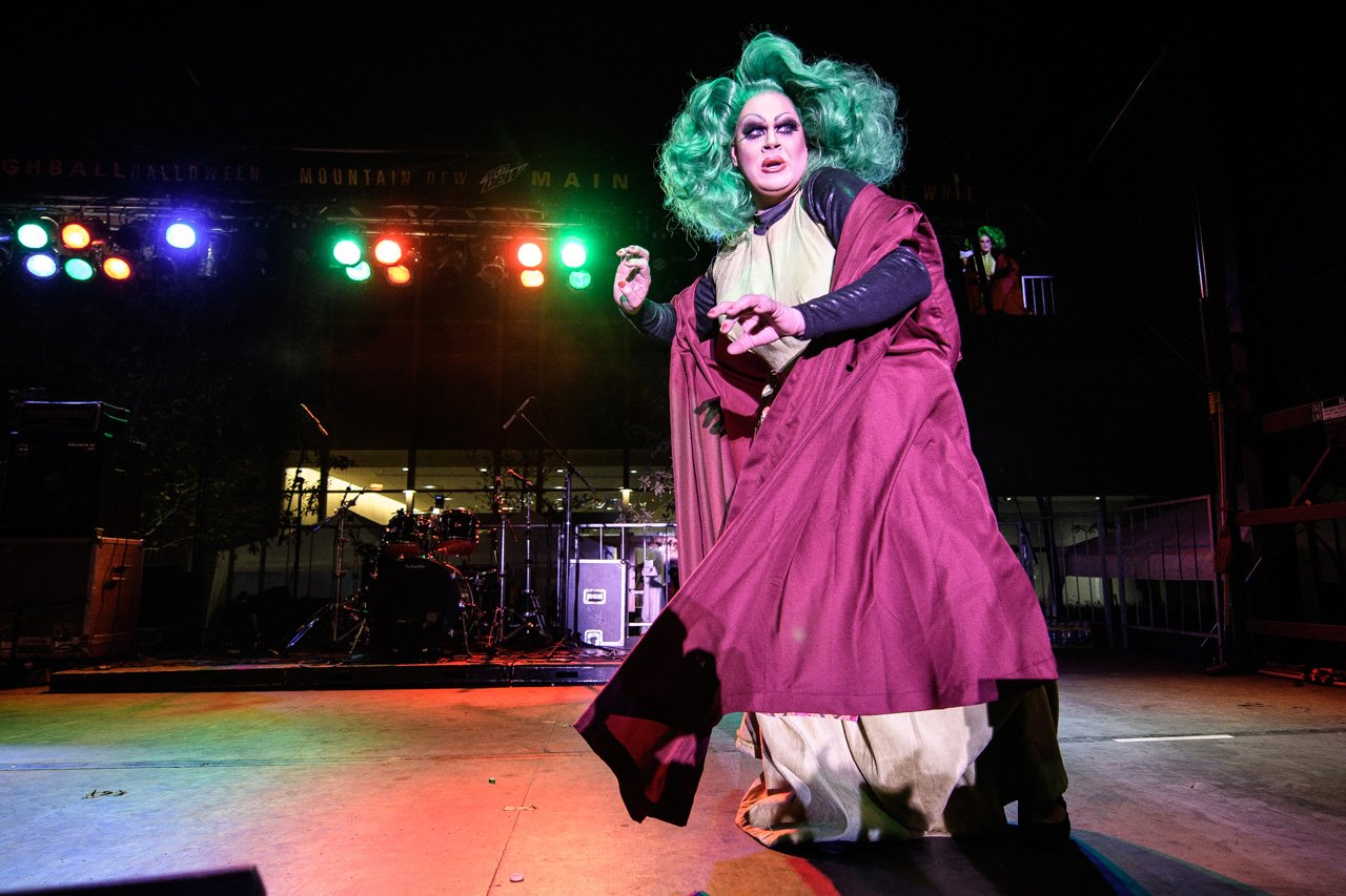 Nina West Highball Halloween