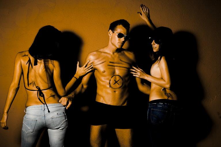 poliamoria, seks grupowy