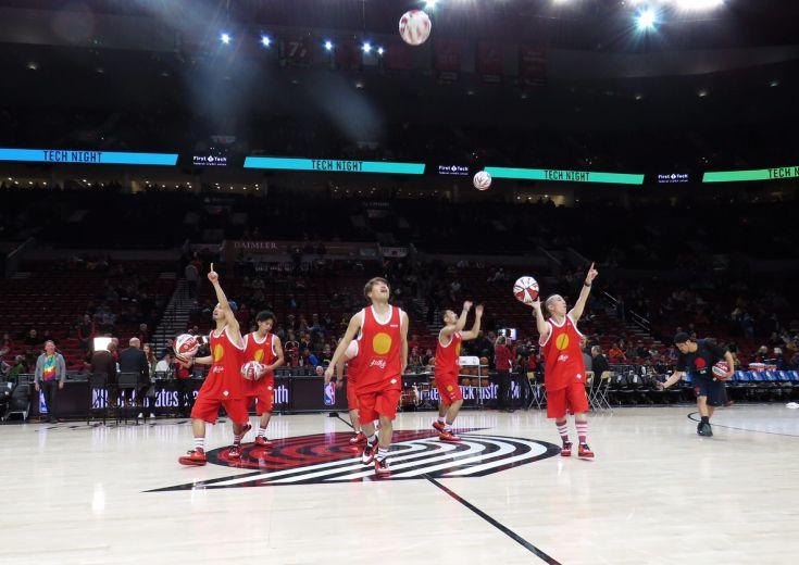 フリースタイルバスケットボールチーム『大阪籠球会』、ブレイザーズvs ...