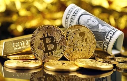 Bitcoin is breaking records. Reasons and prospects for the impetuous takeoff review