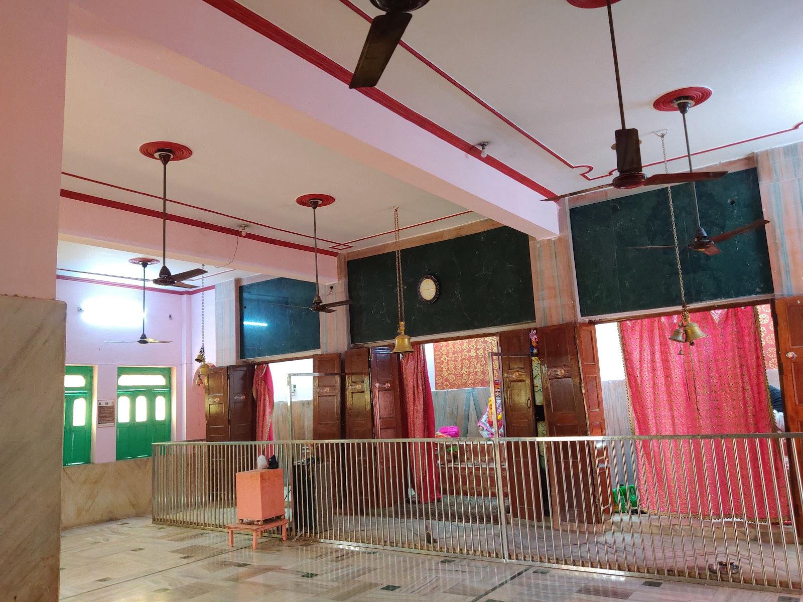 Neeb Karori Baba Temple Akabarpur (U.P)