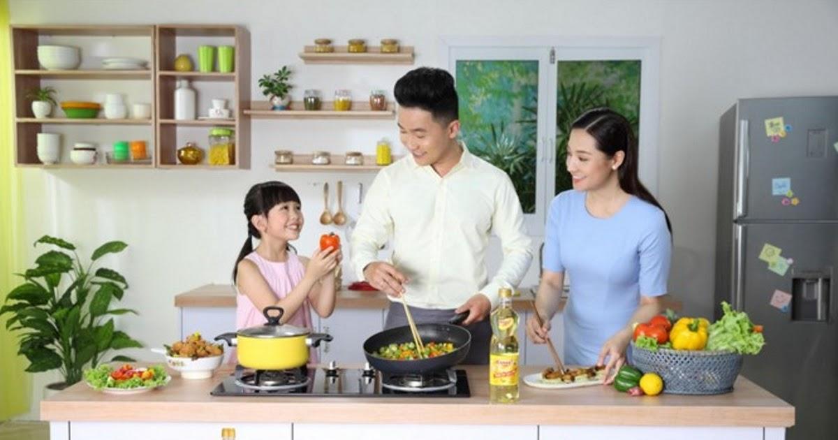 Đã bao lâu rồi bạn chưa được ngồi ăn bên mâm cơm gia đình?