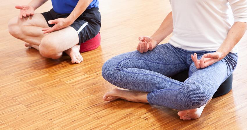 Yogabolster_9-18-2789.jpg