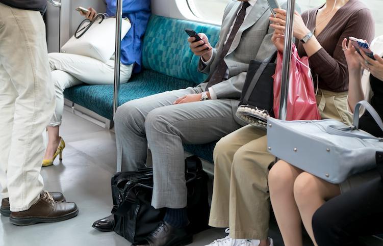 มารยาทในการนั่งรถไฟที่ประเทศญี่ปุ่น