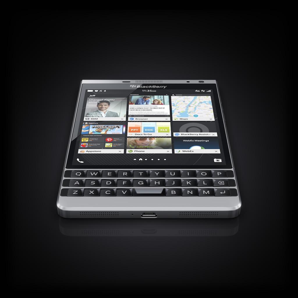 ban phim BlackBerry Passport Silver Edition