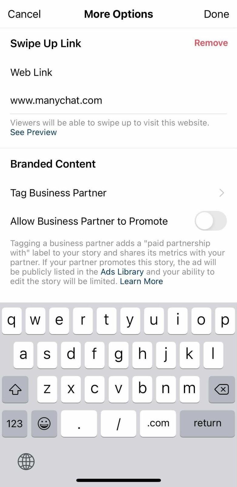 Screenshot of adding the ManyChat link to the Instagram story.