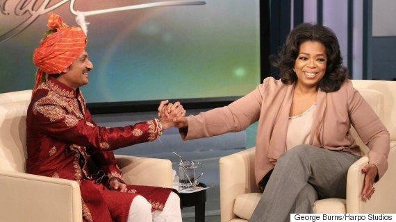 http://i.huffpost.com/gen/2930834/thumbs/o-PRINCE-MANVENDRA-AND-OPRAH-570.jpg?7