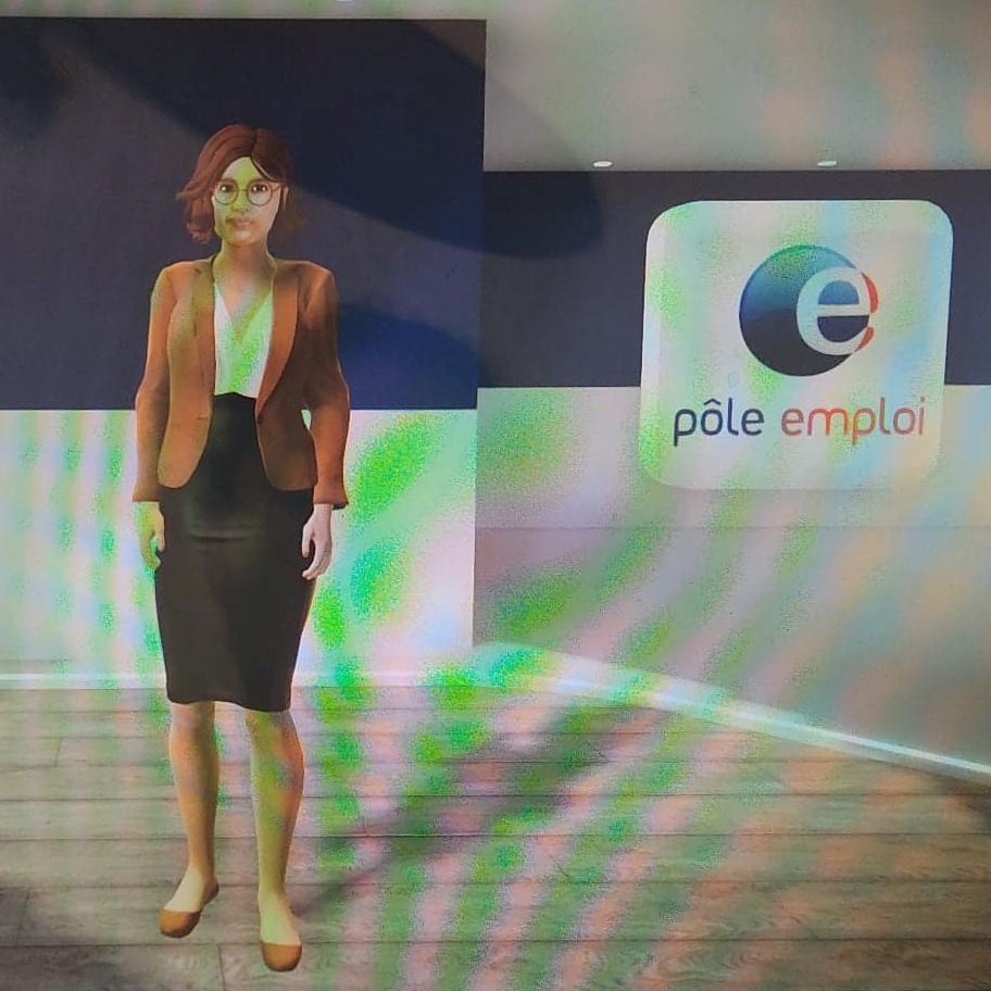 """Photo du personnage personnalisé créé lors du test de l'utilisation du """"Village numérique Pôle Emploi"""", un événement numérique organisé  simuler un salon de recrutement en ligne. Le personnage est 3D interactif et peut se déplacer dans le salon. Cette application s'inscrit dans la tendance webdesign 2021."""