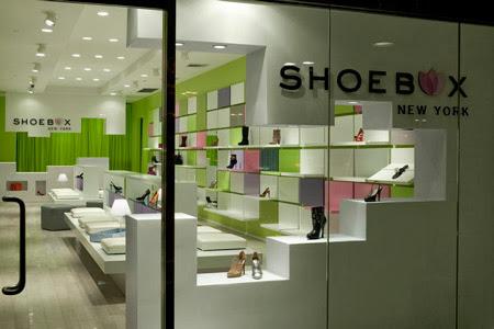 Thiết kế showroom giầy thời trang, thiết kế showroom, thiết kế cửa hàng, thi công showroom, thi công cửa hàng giầy dép, thiết kế của hàng giầy dép, thiet ke cua hang giay dep