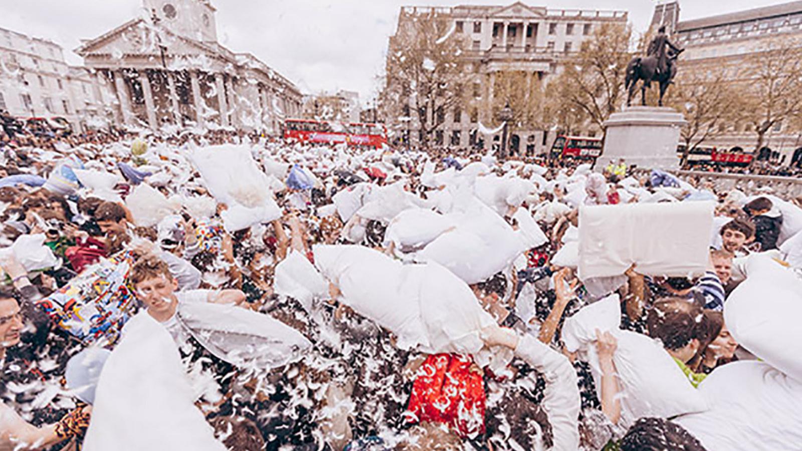 Lễ hội đập gối quốc tế London, Anh