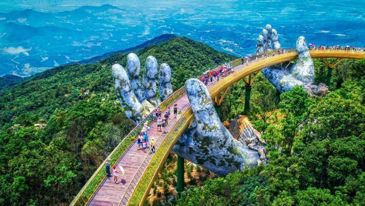 Cầu vàng Sun World Ba Na Hills 2