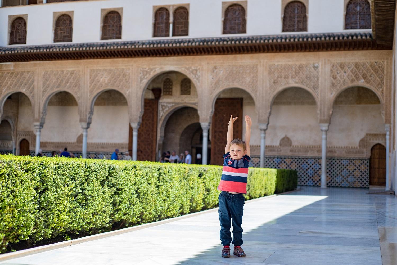 Vacaciones en familia en la Alhambra de Granada