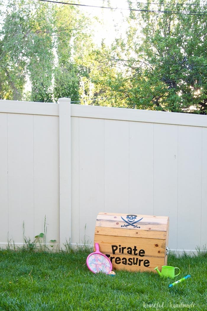 pirate toy chest box, a craft that makes money