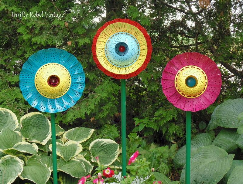 DIY Yard Art Ideas