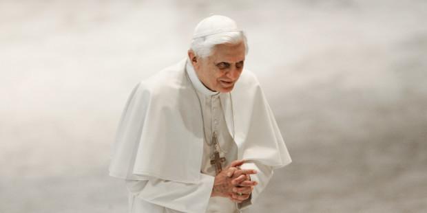 Sự thật về việc từ chức của Đức Benedict XVI: những tiết lộ trong một tài liệu mới