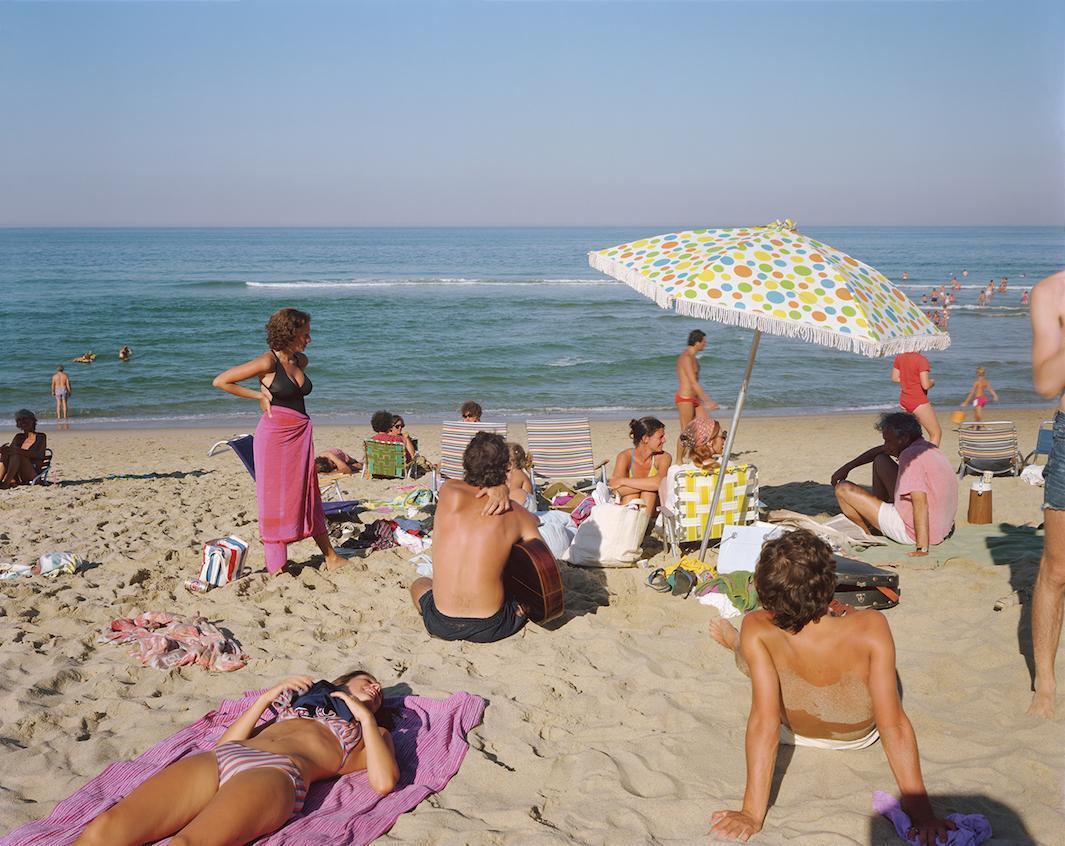Пляж как сравнение с соцсетью