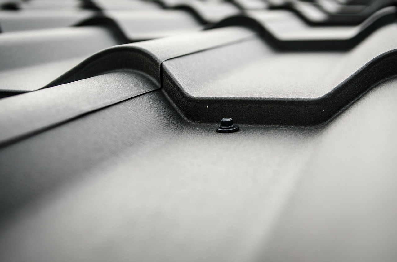 roof-plate-264744_1280.jpg