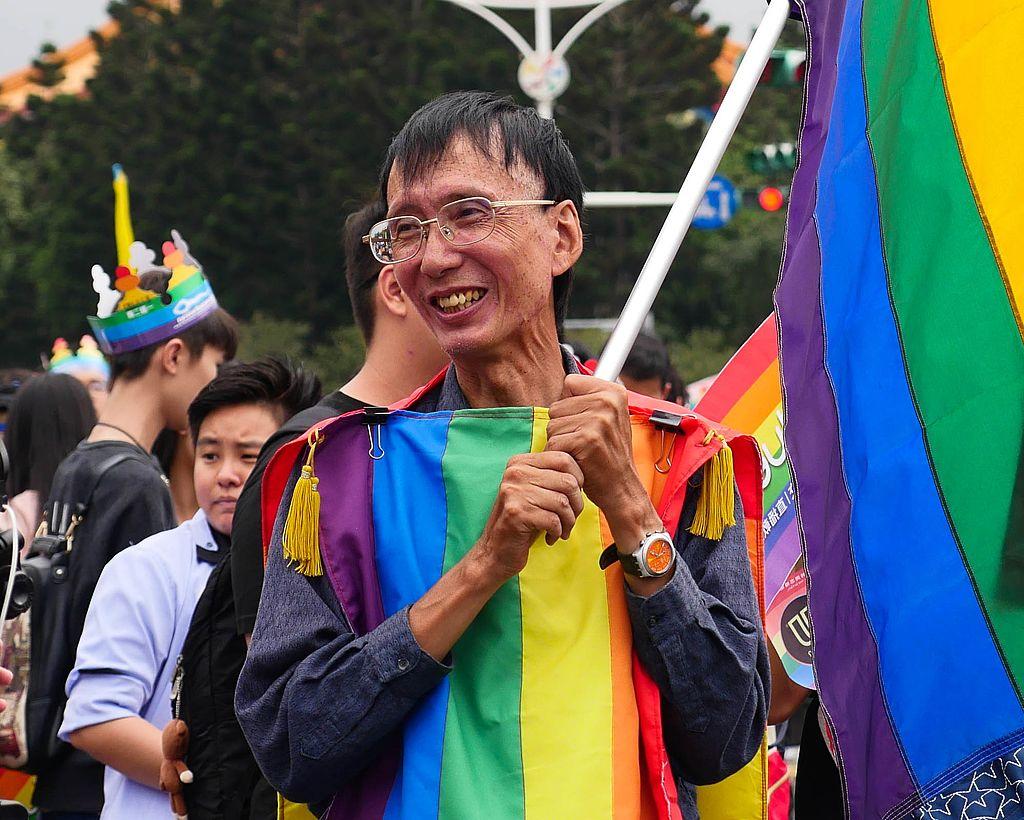 祁家威:台湾第一个公开同志以及长期捍卫同志权益运动家/图片来源: Wikipedia