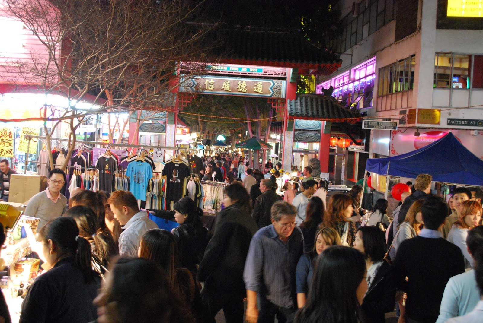 Chinatown_Night_Market%2C_Sydney.jpg