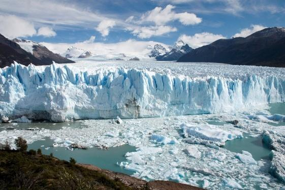 C:\Users\MariaConstance\Desktop\QWERTY TRAVEL\Fotos\EL CALAFATE\Perito_Moreno_Glacier_Patagonia_Argentina_Luca_Galuzzi_2005.JPG