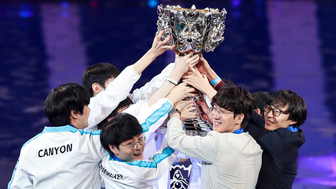 Drought over: Damwon Gaming crowned 2020 LoL world champion