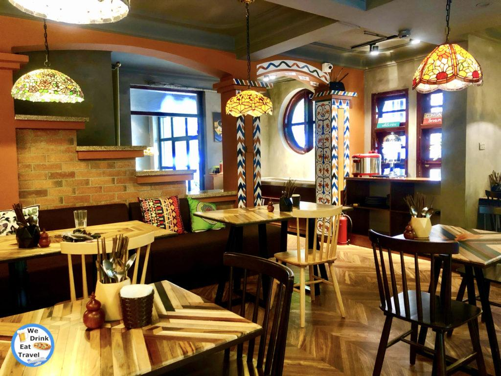 http://www.wedrinkeattravel.com/wp-content/uploads/2019/07/IMG_7297-we-drink-eat-travel-wedrinkeattravel.com-veggie-castle-vegan-restaurant-hanoi-vietnam-1024x768.jpg